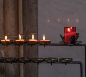 2nd-Inside Winchester Cathedral-5-Elizabeth Restall ARPS