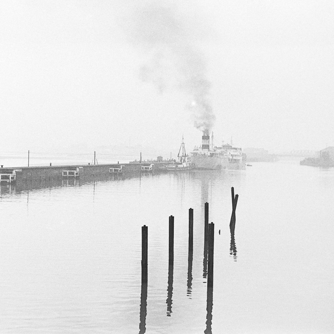 16 Points-Sunrise on the ship canal-Bill Beere