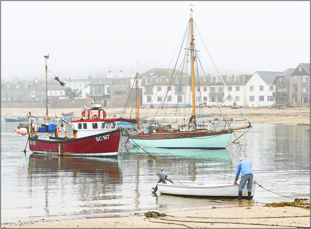 1st - Misty Harbour Hugh Town-Brian Wetton