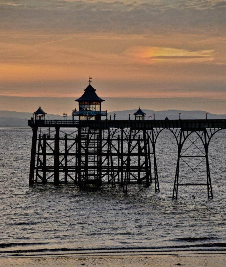 18 points - Clevedon Pier at Sunset -Christine Ryske