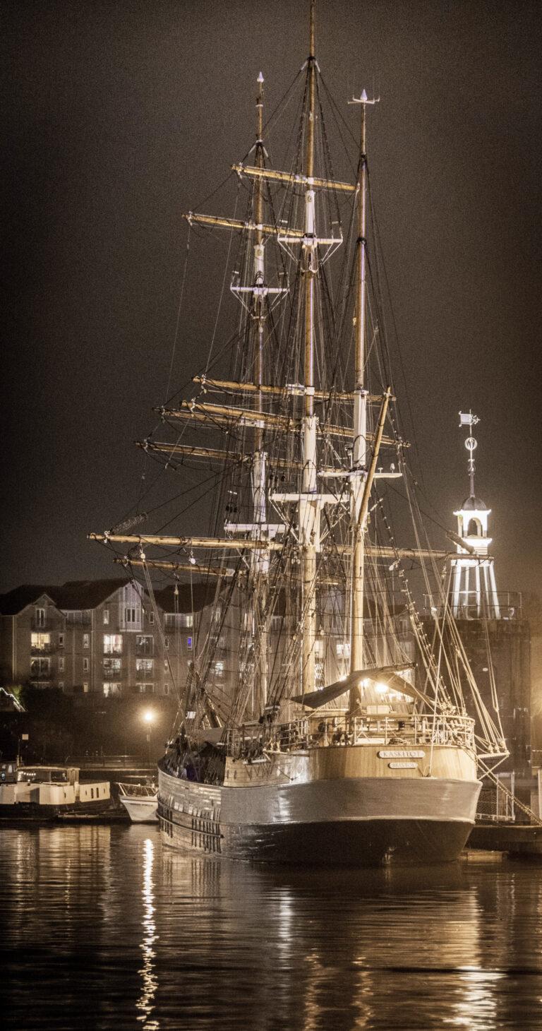 17 Points -Kaskelot Bristol Harbour - George Ryske